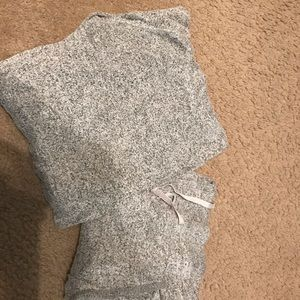 Gilligan & O'Malley Intimates & Sleepwear - Women's gray pajama set